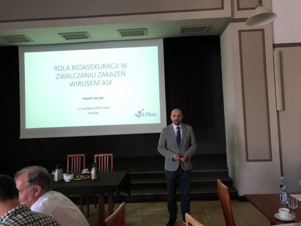 Wykład o ASF w Polskim Związku Łowieckim